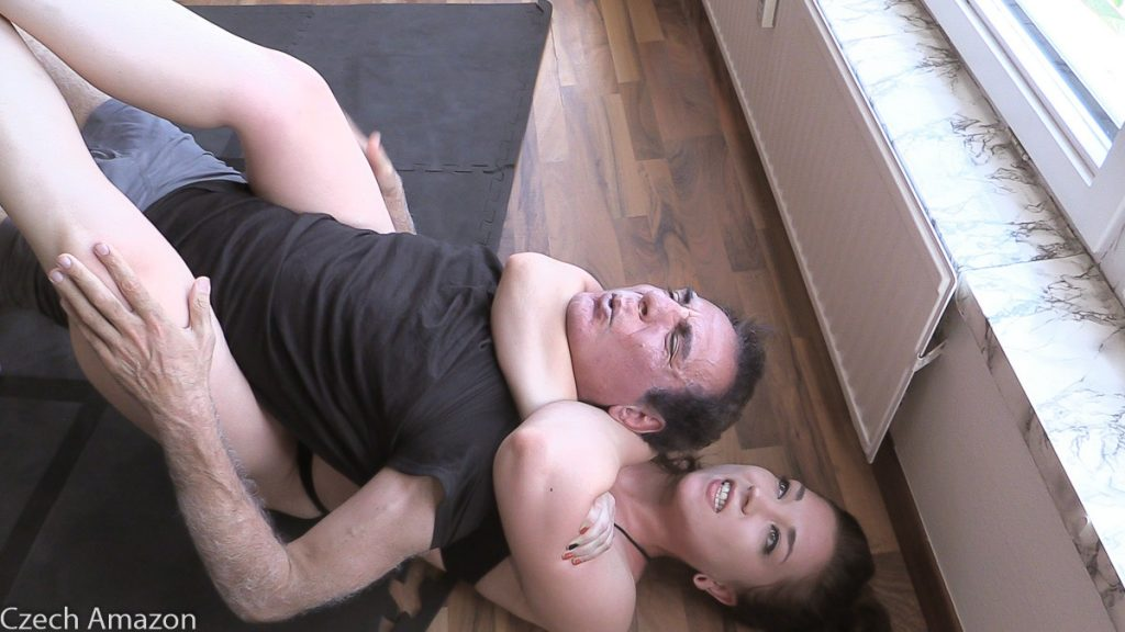 rear naked choke mixed wrestling